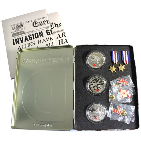 2004 D-Day Landings 60th Anniversary Commemorative 3-coin Sterling Silver Proof Medal Set. Features