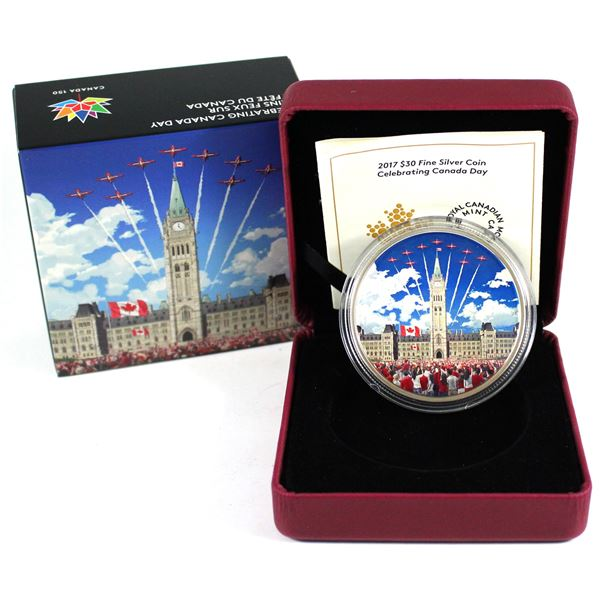 2017 $30 Celebrating Canada Day Glow in the Dark Fine Silver Coin with Black light (Tax Exempt)