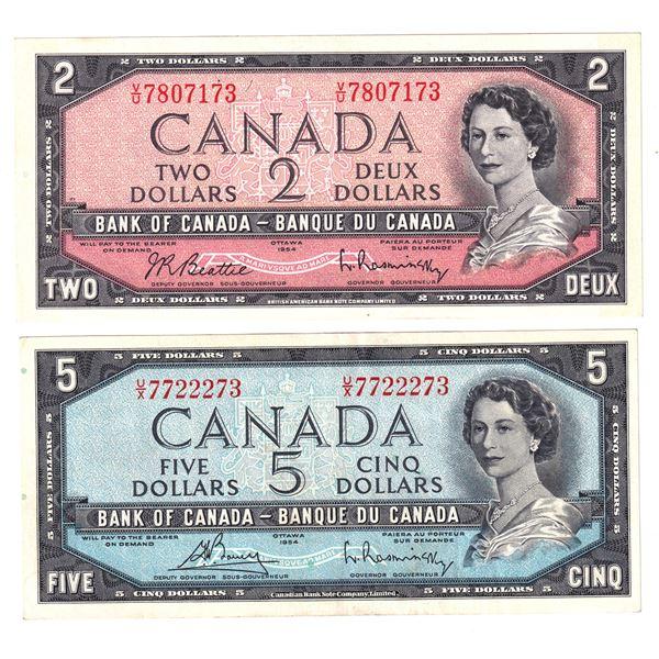 2x 1954 Bank of Canada Modified Portrait Notes - BC-38b $2 Beattie-Rasminsky. S/N: V/U7807173 Choice