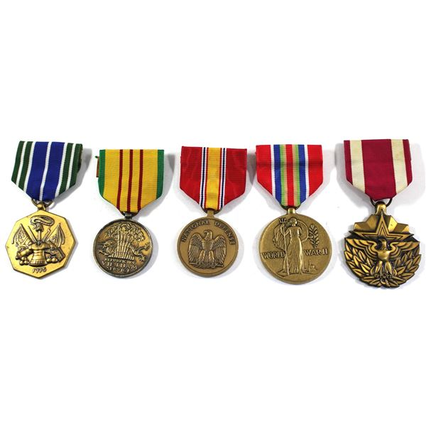 Lot of 5x US Military Medals with Original Ribbons. Includes US Meritorious Service Medal, WWII US M