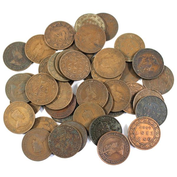 Lot of 43x 1906 Canada Edward VII Large Cents. Average condition, various imperfections.