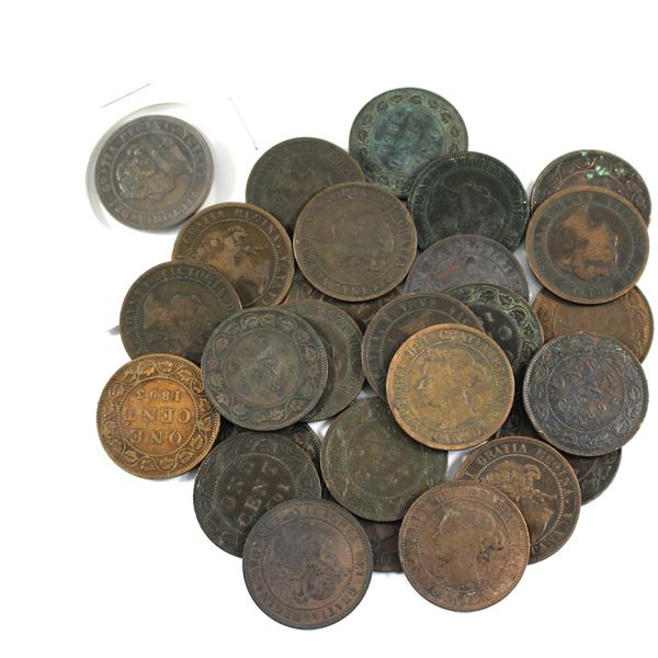 Lot of 27x Mixed 1890-1901 Canada Large Cents. Average condition, various imperfections.