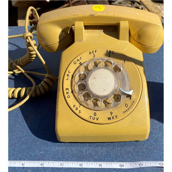 Old Gold Table Telephone