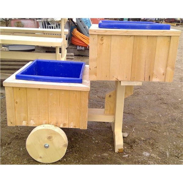 2 Wheel Planter 17x28x23.25