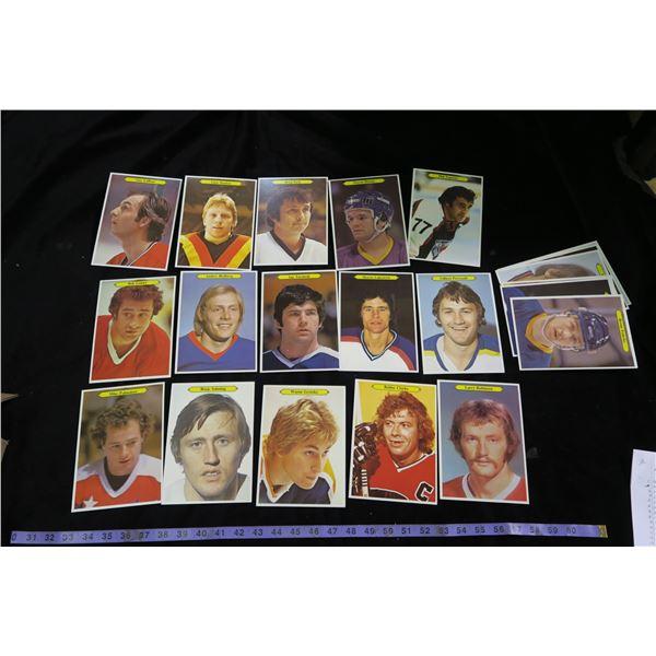 O-pee-chee 5×7 Hockey Cards, 24 Set