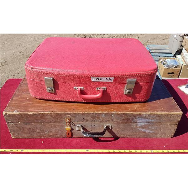 Wood Trunk & Suitecase