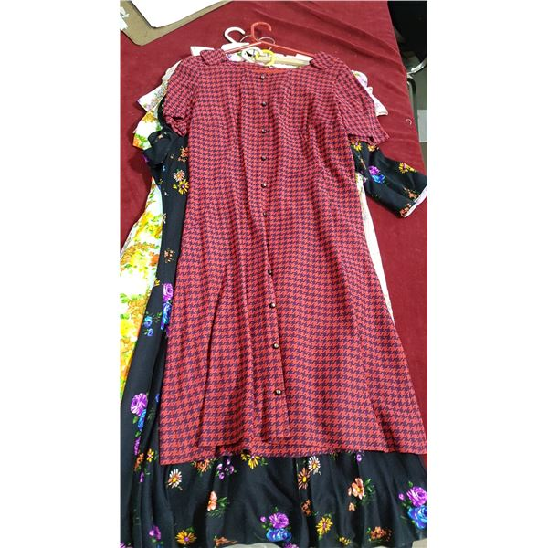 Lot 6 Vintage Dresses