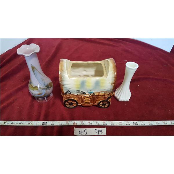 2 Vases & Wagon Ceramic Pc.
