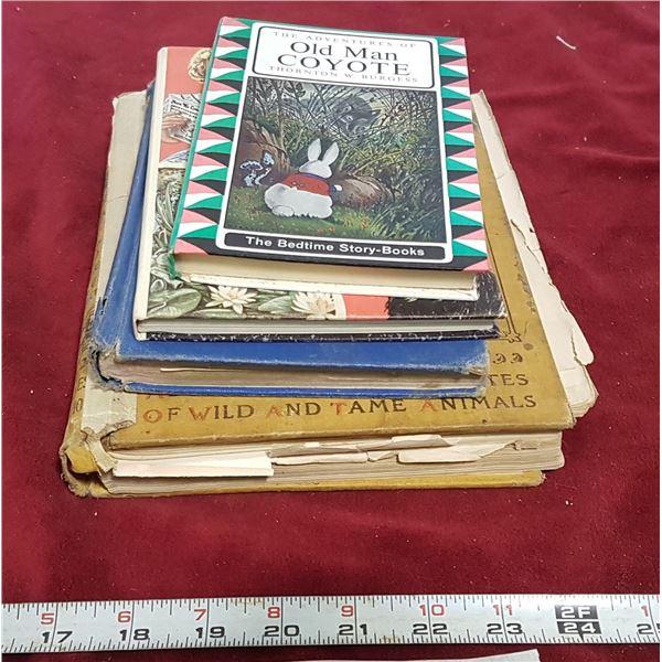 Lot Vintage Children's Books & Other