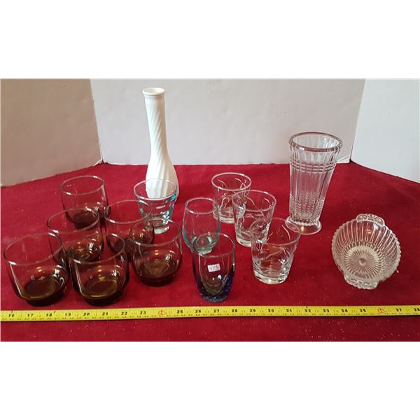 Lot of Glassware - Cups & Vases