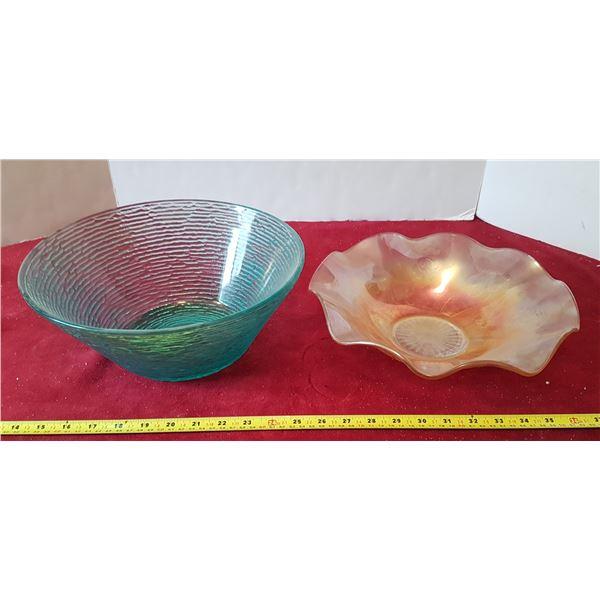 Lot 2 Carnival Glass Bowls