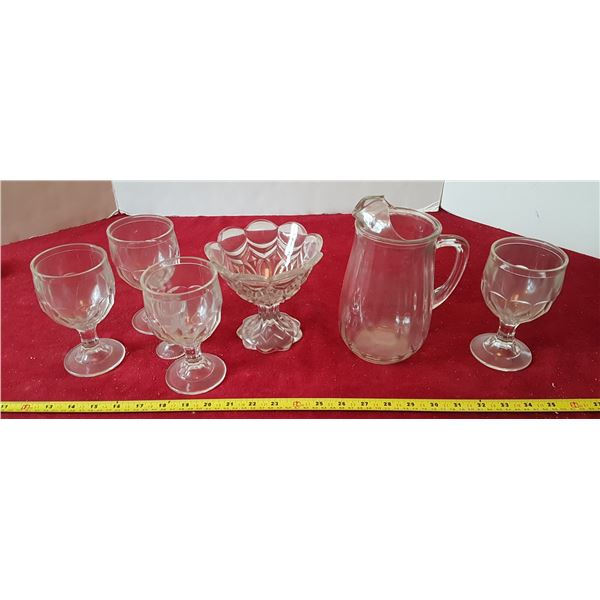 Lot of Glassware - 4 Matching Goblets