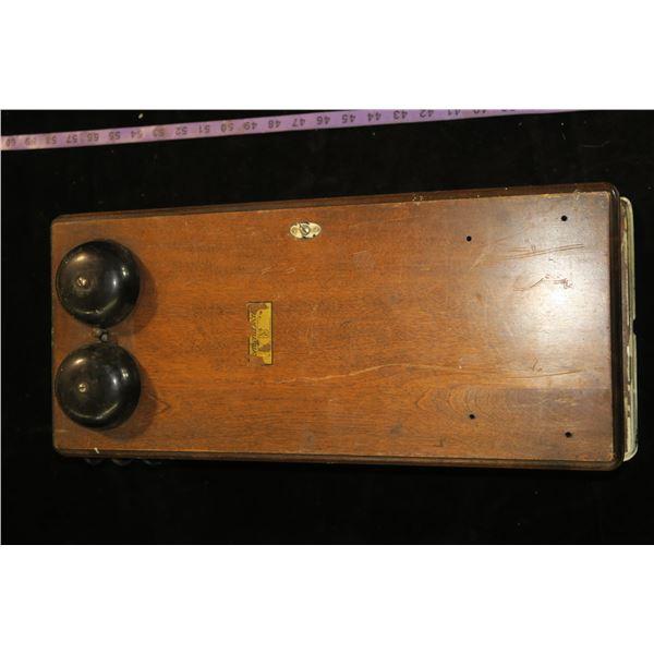 Oak Box Telephone (Northern Electric Company)