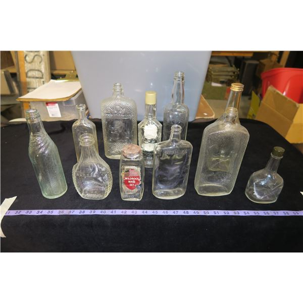 Lot of Vintage Liquor/Other Glass bottles