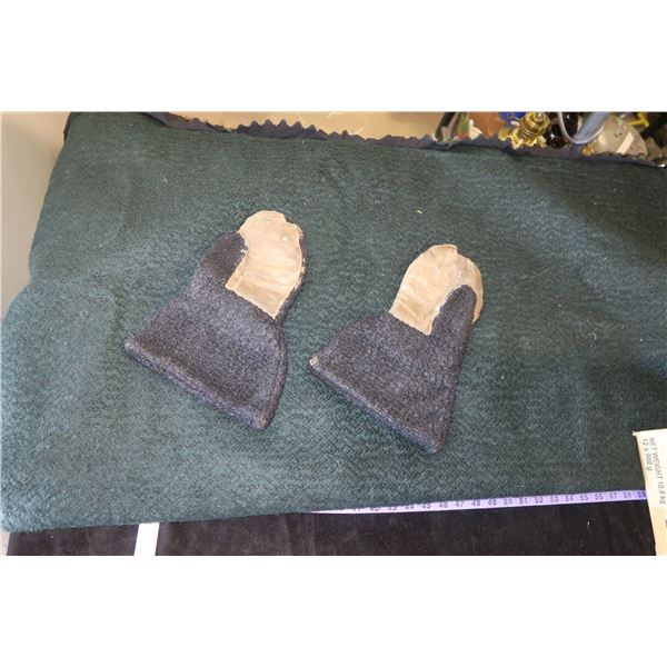 """Hide blanket 56""""×56"""", Hide/Leather Mitts (Possibly Buffalo?)"""