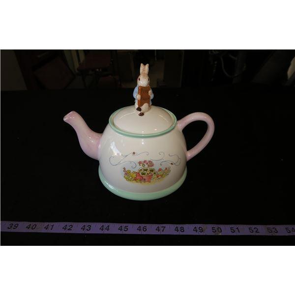 Beatrix Potter Peter Rabbit Teapot