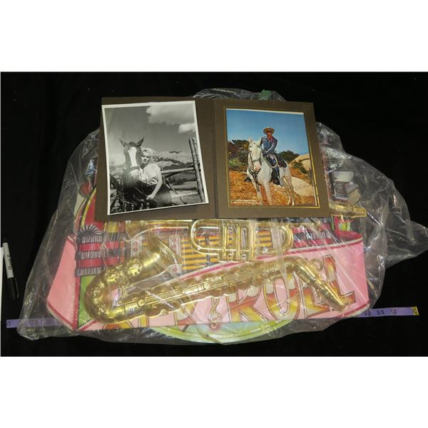 Lone Ranger & Marylin Munroe Prints + 50's Style Decorations