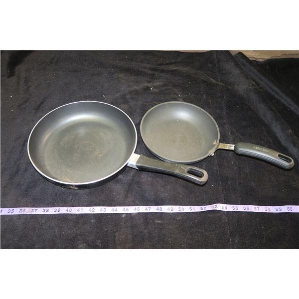 2 Fry Pans