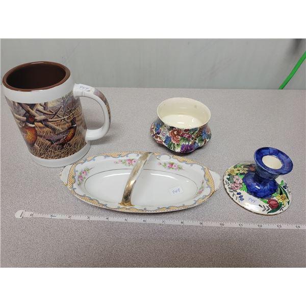 4 pieces glassware