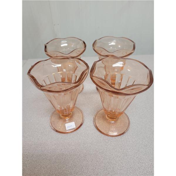 4 sundae glasses