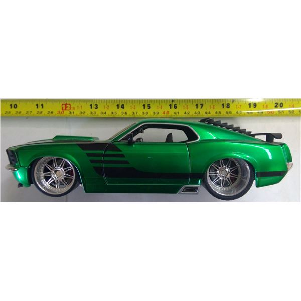 1970 Boss Mustang 1/24 Scale Diecast