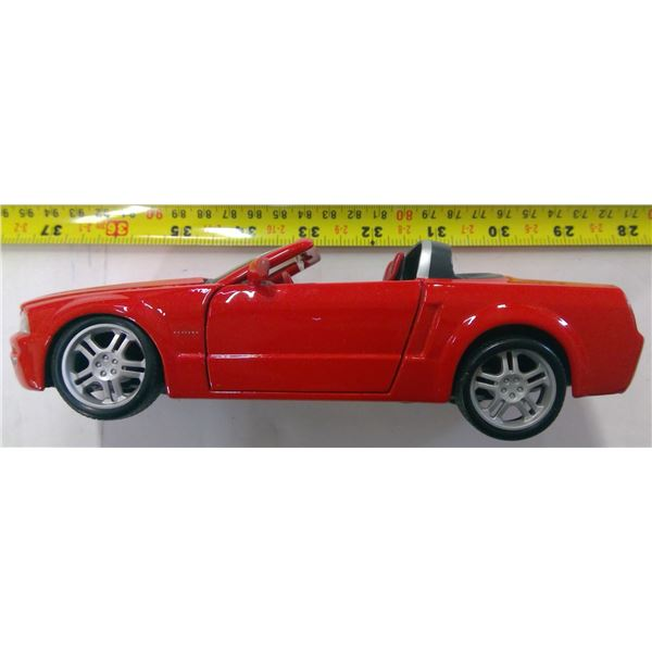 Mustang GT 1/24 Scale Convertible