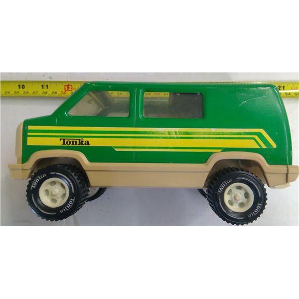 """Vintage Tonka Van 9"""" Long"""