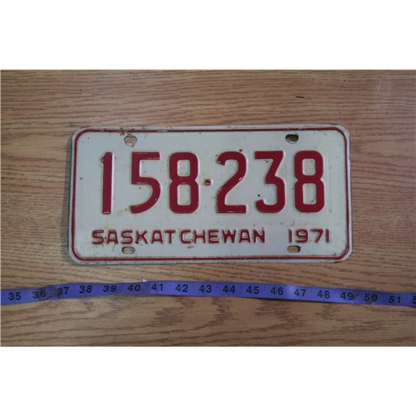 1971 Saskatchewan Licence Plate