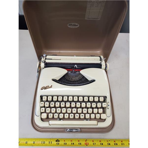 cole steel portable typewriter 1960
