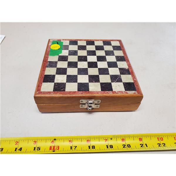 mini vintage chess set & pieces