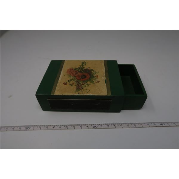 Green Decorative Wood Matchbox