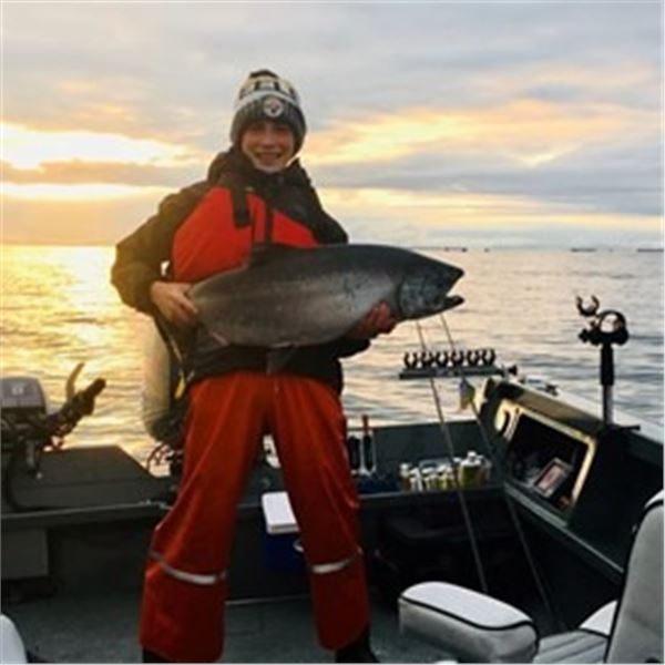 Lower Columbia River Chinook Salmon Fishing Trip for 4