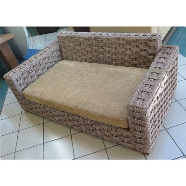 Synthetic Woven Rope Lounger w/ Tan Seat Cushion 6ft X 5ft X 4ft