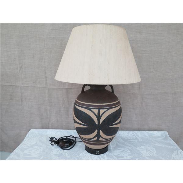 Ceramic Hawaiian-Motif Table Lamps w/ Shade