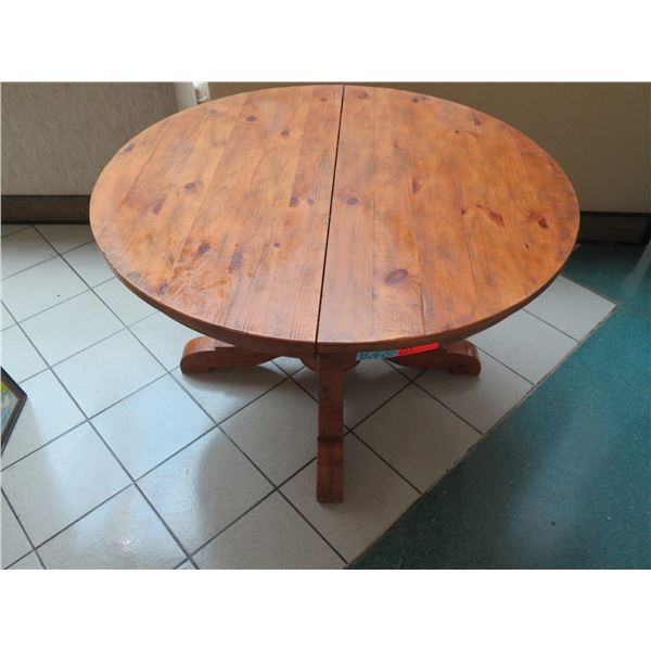 Pottery Barn Round Wooden Table with Leaf Extension, Expands to Oval 72 x 48 x 30