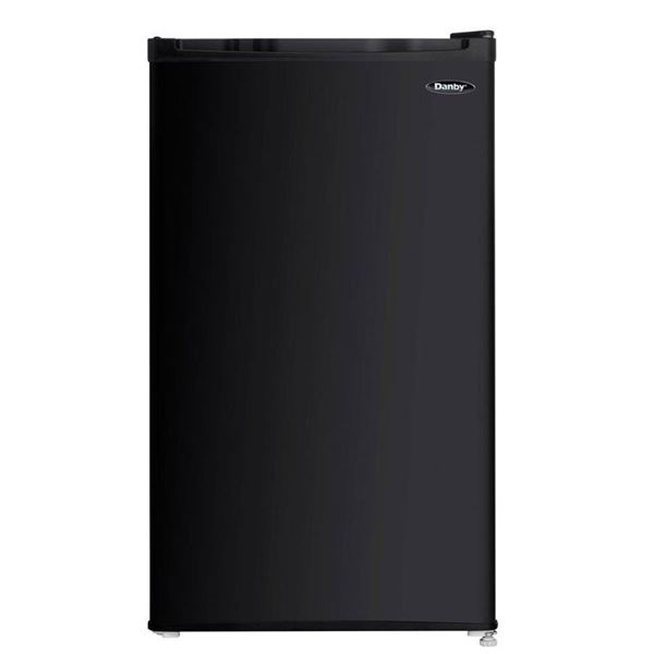 Danby DCR032C1BDB R600A Energy Star 3.2 Cubic Ft Compact Refrigerator