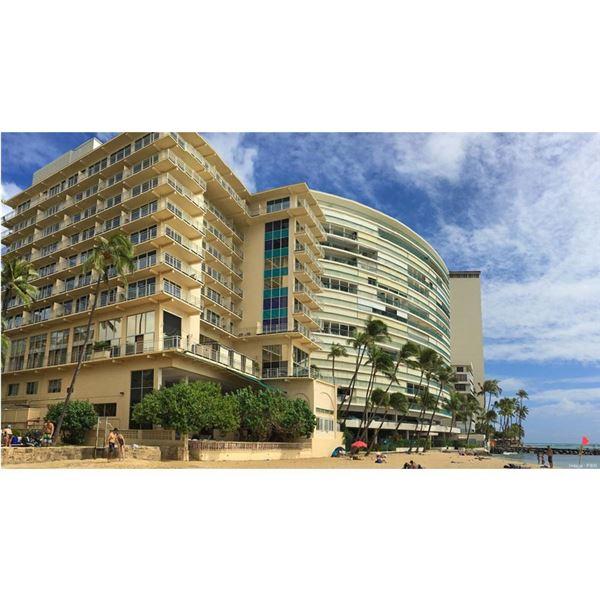 Two Nights at the New Otani-Kaimana Beach Hotel & Brunch at Hoku's
