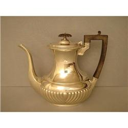 Sterling  Silver  Queen  Ann Style  Coffee  Pot#1762520