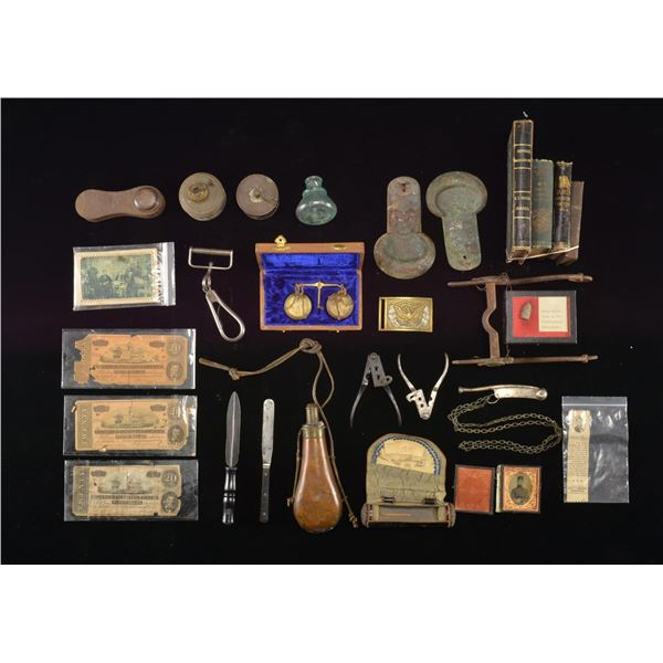 GROUP OF CIVIL WAR MILITARY & RELATED ARTIFACTS.