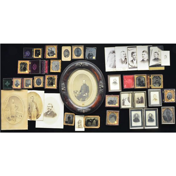 LARGE GROUPING OF CIVIL WAR ERA PHOTOGRAPHS.