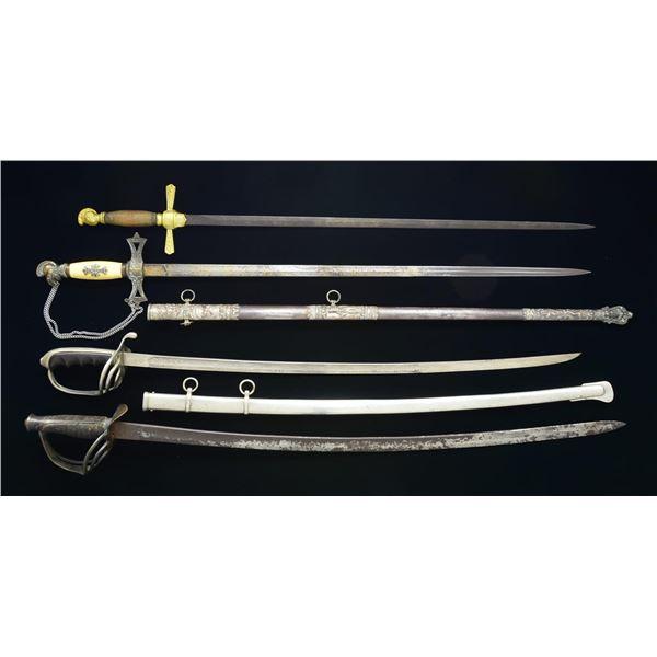 4 US SWORDS.