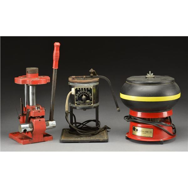 LARGE GROUP OF RELOADING EQUIPMENT DYES &