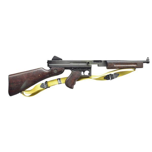 US M1A1 NON FIRING THOMPSON SUB MACHINE GUN.