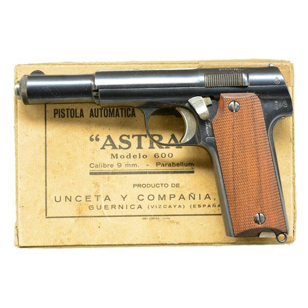 SUPERB ASTRA 600/43 MODEL WITH ORIGINAL BOX,