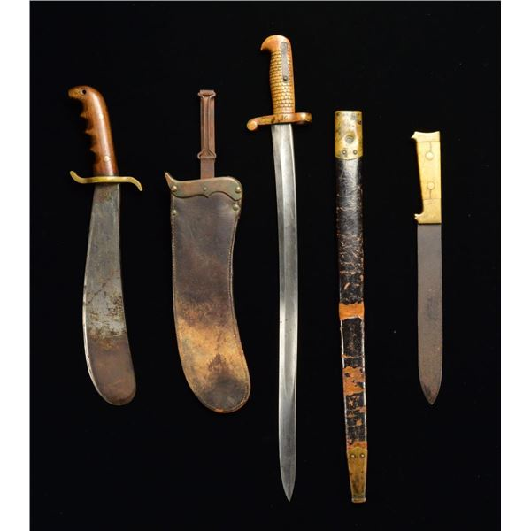3 US EDGED WEAPONS.