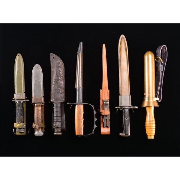 US MILITARY KNIVES & BAYONETS.