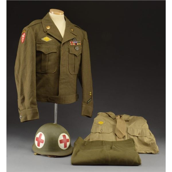WWII US MEDICS M1 HELMET & UNIFORM.