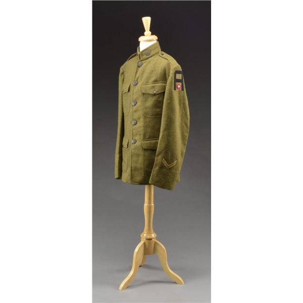 WWI ENLISTED AIR CORPS TUNIC & OFFICER'S UNIFORM.