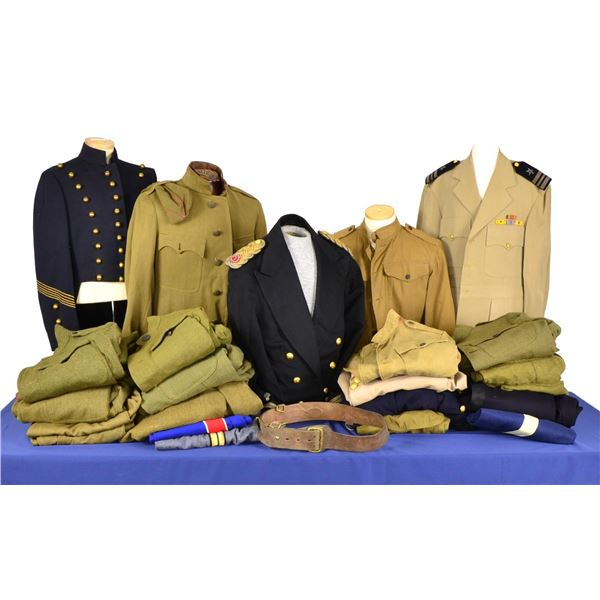 US MILITARY UNIFORMS PRIMARILY OF WWI.