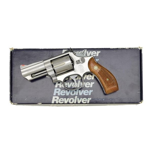 SMITH & WESSON MODEL 66-2 DA REVOLVER.